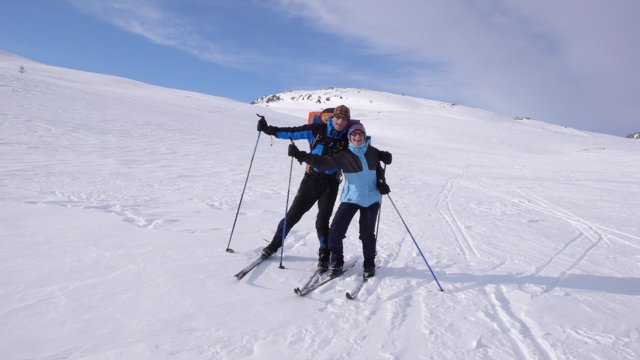 Cross country skiing in the Norwegian mountains